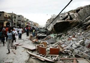 Haiti sob escombros